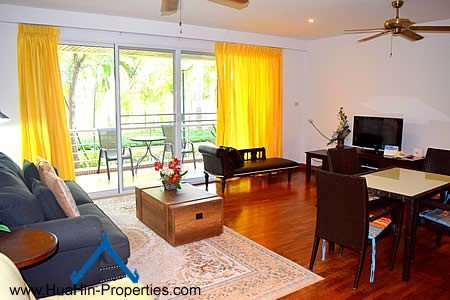 Luxury suite apartment beach front near shopping mall