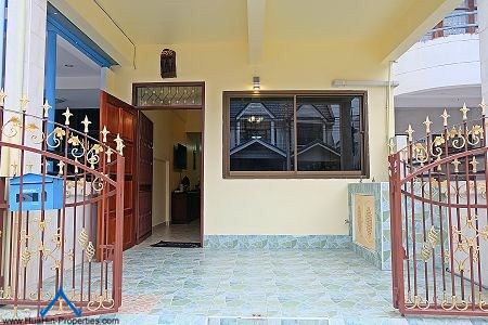 Townhouse for rent in Cha-am