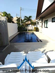Pool Villa near Market Village for rent