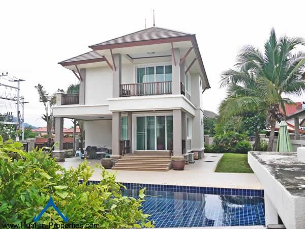 Pool Villa for rent Cha-Am
